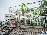 单层108平使用三层大露台楼中楼诚心卖特适合一家人居住有菜有花园来即看非诚勿扰