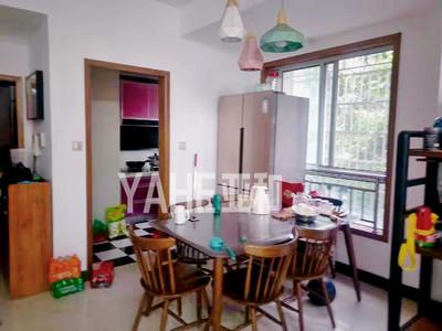 银河湾 138平三室两厅两卫 带地下车位满两年 实验小学带绿化高档小区总价低