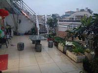 丹溪公园边 雪峰西路顶楼三层使用400多平双露台绣湖小学分校北苑中学空中别墅