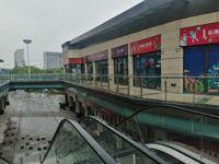 吾悦广场一楼沿街底商,租金稳定,人流量大,90万起,多套在售