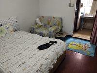 新马路公寓,绣湖双学校,毗邻义乌之心,租金达两万五。